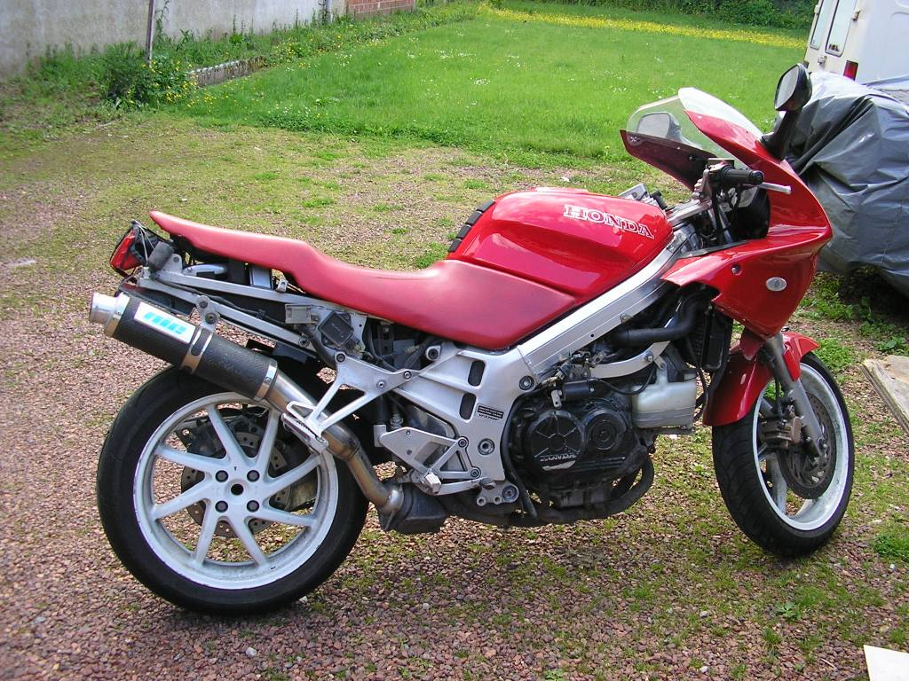 tuning moto vfr 750